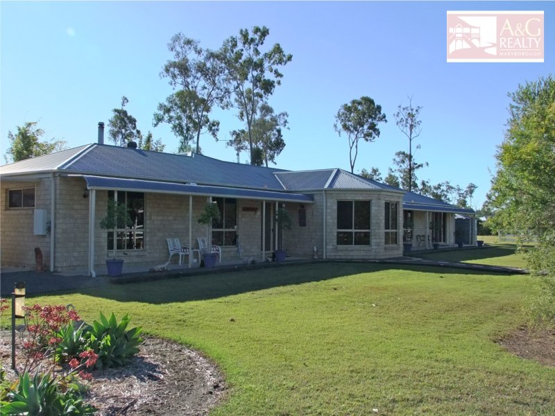 17 Meadow Dr, Oakhurst, Qld 4650