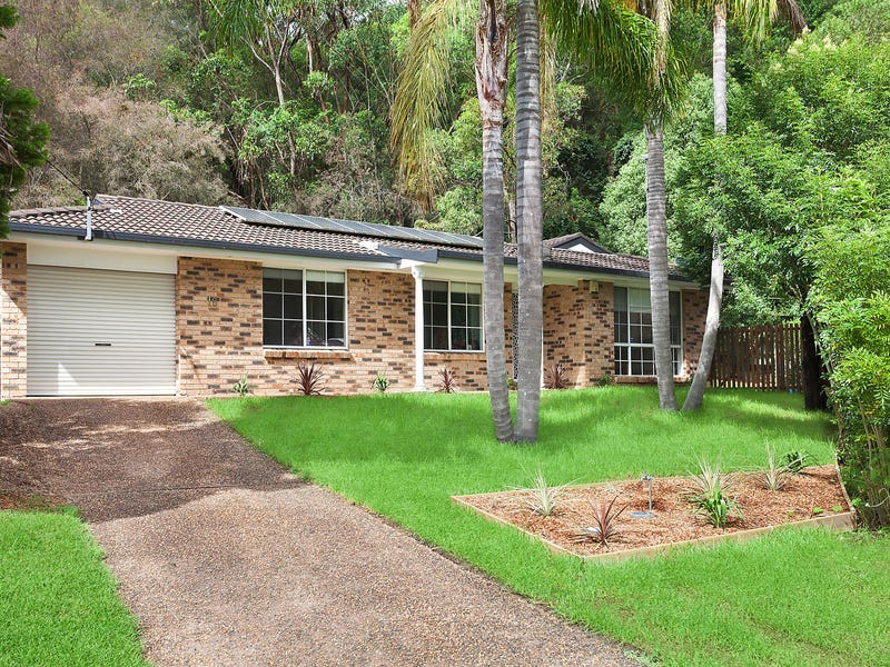 18 Robson Close, Point Clare, NSW 2250