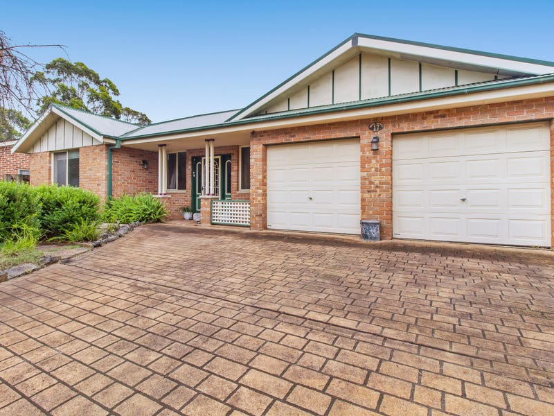 17 Cassinia Court, Wattle Grove, NSW 2173