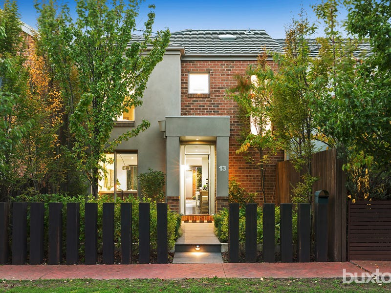 13 Mulsanne Lane, Bentleigh East, Vic 3165