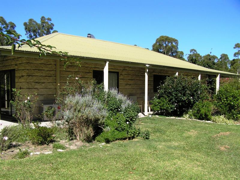 231 Pine Forest Rd, Tomerong, NSW 2540