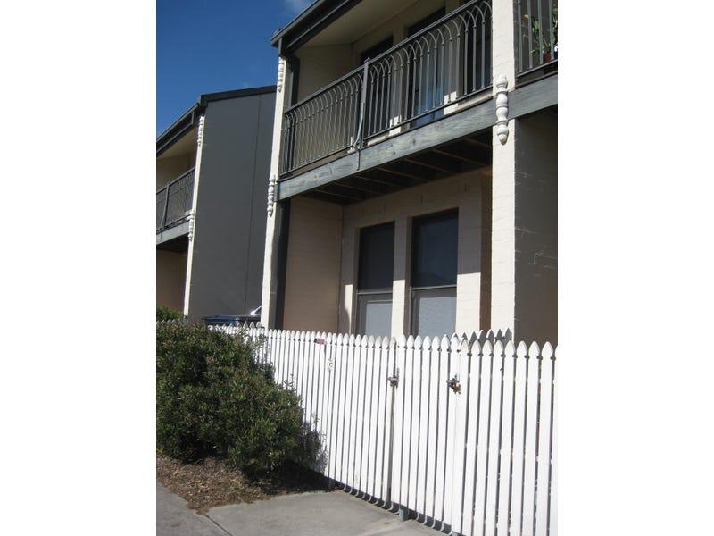 5/41 Ken Tubman Drive, Maitland, NSW 2320