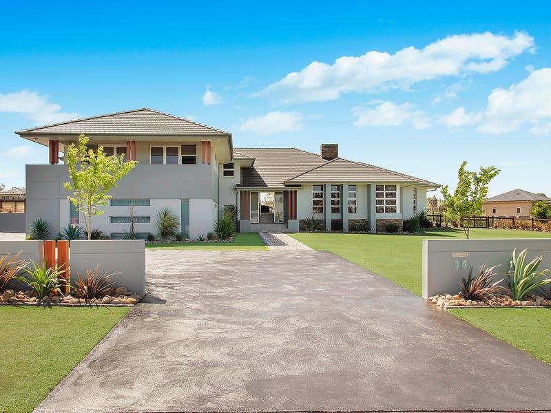 15 Portrush Crescent, Luddenham, NSW 2745