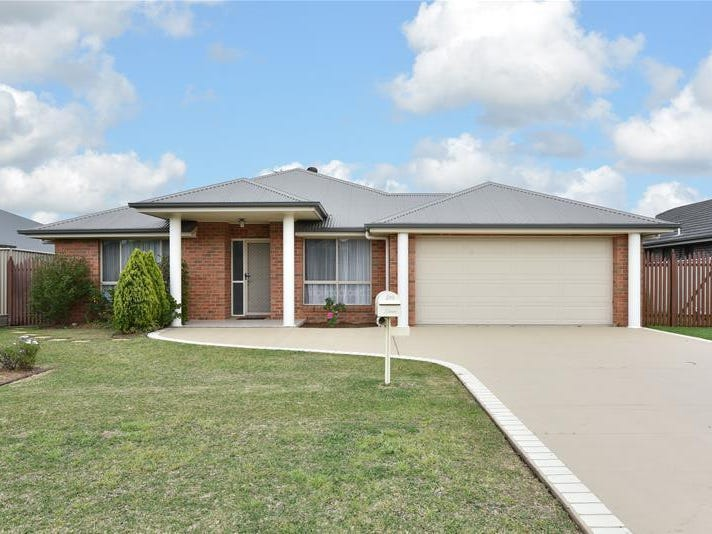15 Connel Drive, Cliftleigh, NSW 2321