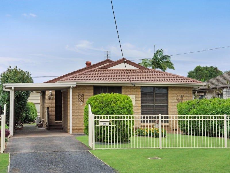 17 Dorothy Avenue, Woy Woy, NSW 2256