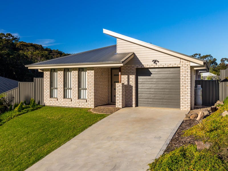 4 Elford Way, Malua Bay, NSW 2536