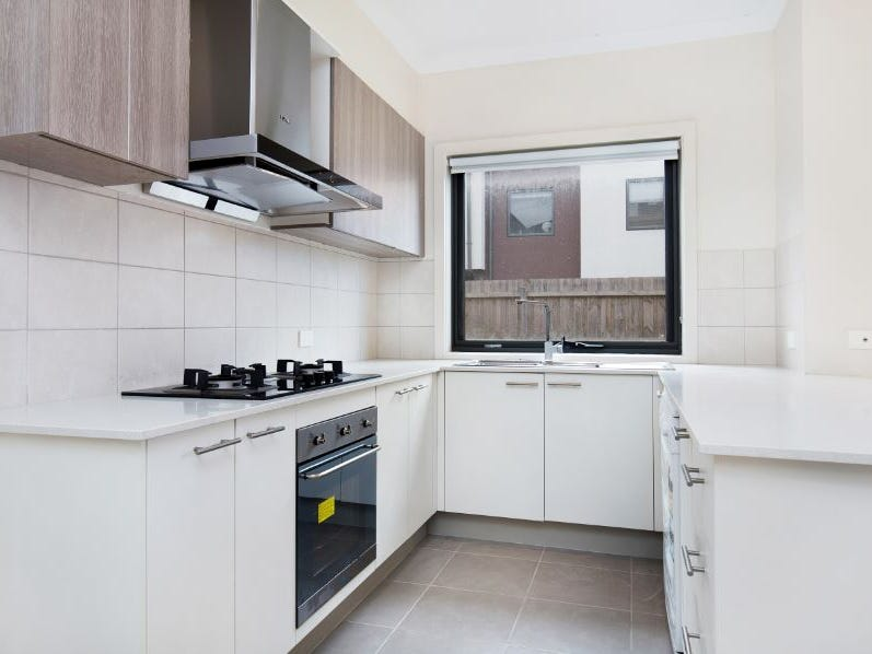 5 Garden Place, Notting Hill, Vic 3168