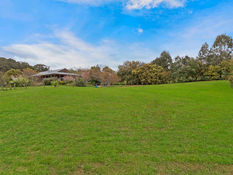 161 Kings Road, Kinglake West, Vic 3757