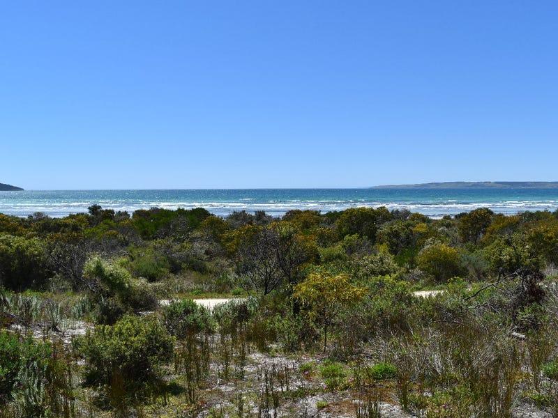 29 Nepean Drive, Island Beach