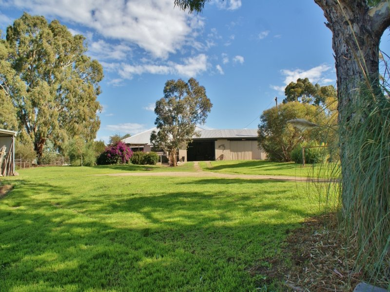 319 North Bokara Road, Mypolonga, SA 5254