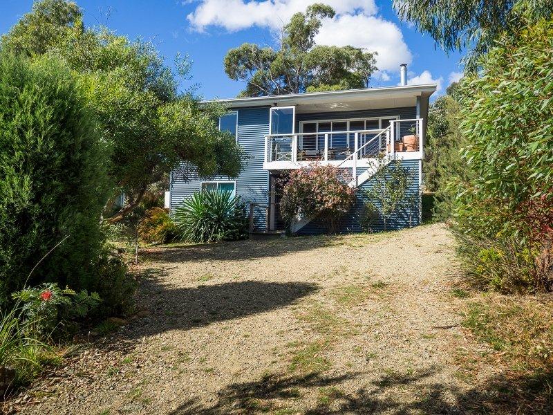 27 Lagoon Road, White Beach, Tas 7184