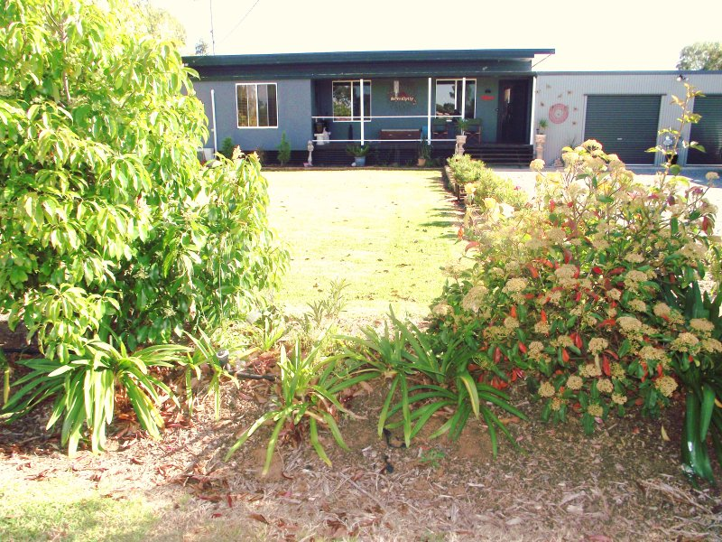 1947 Petersham Rd, Leeton, NSW 2705