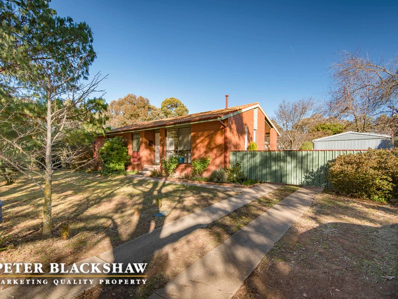 35 Wheeler Crescent, Wanniassa, ACT 2903