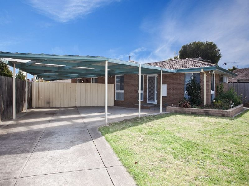 11 Kingston Heath Court, Craigieburn, Vic 3064