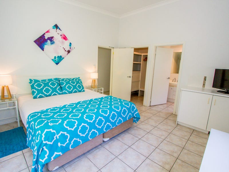 4 - 40 Captain Cook Drive, Agnes Water, Qld 4677