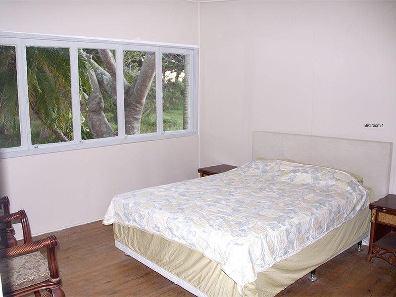 220 Cypress Street, Urangan, Qld 4655
