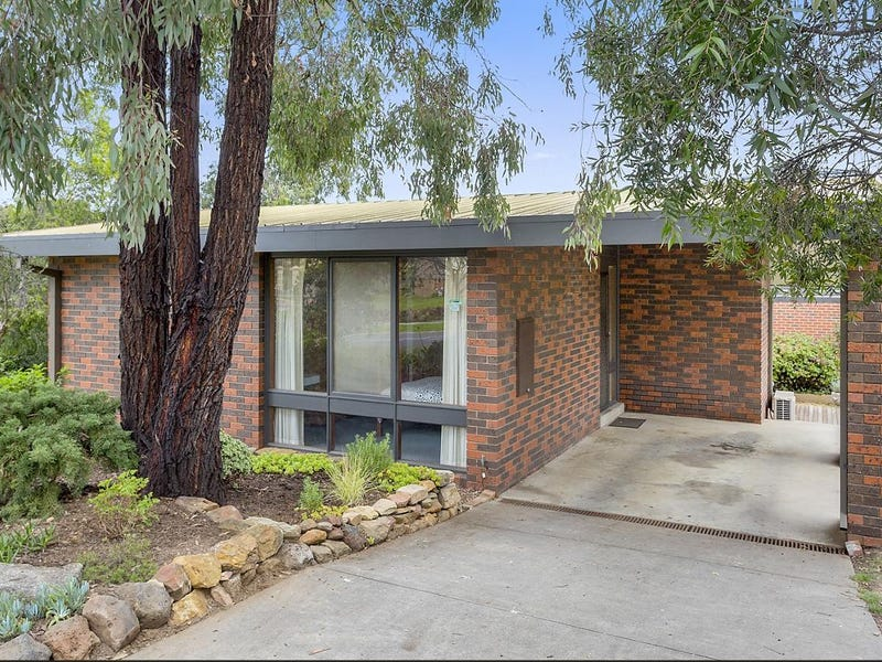 1 Cotswold Crescent, Kennington, Vic 3550