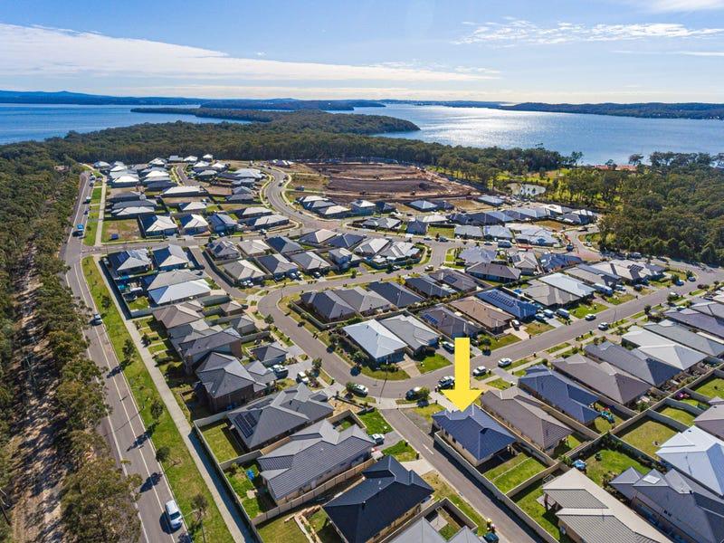 22 Mornington Circuit, Gwandalan, NSW 2259
