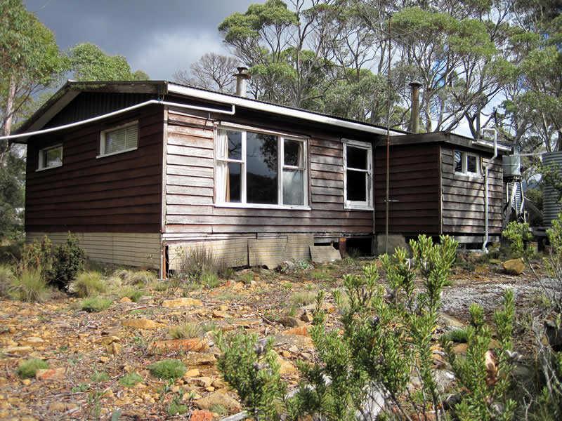 15 Johnstone Road, Doctors Point, Tas 7304