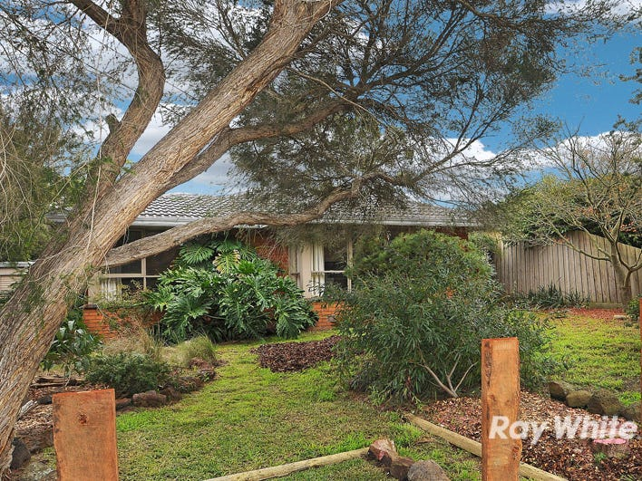 69 Woolston Drive, Frankston South