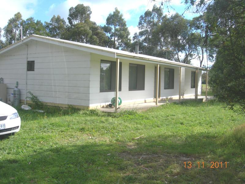 1290 Glenelg Highway, Smythes Creek, Vic 3351