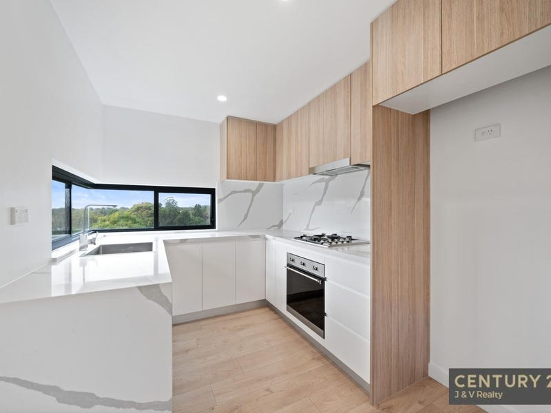 25 554 - 558  Pacific Highway, Mount Colah, NSW 2079