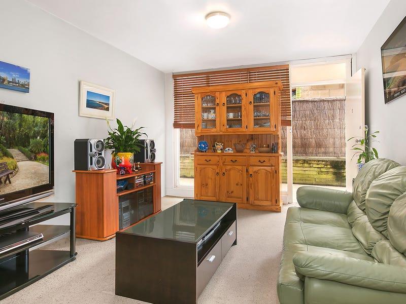 2/13 Surfview Road, Mona Vale, NSW 2103