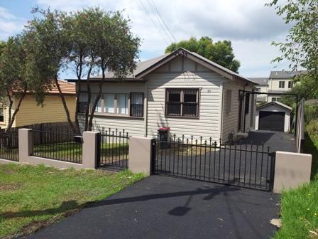 31 Bridge Street, Coniston, NSW 2500