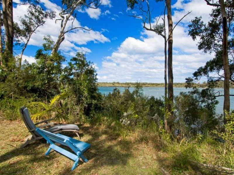 385 Shoreline Drive, Port Macquarie, NSW 2444
