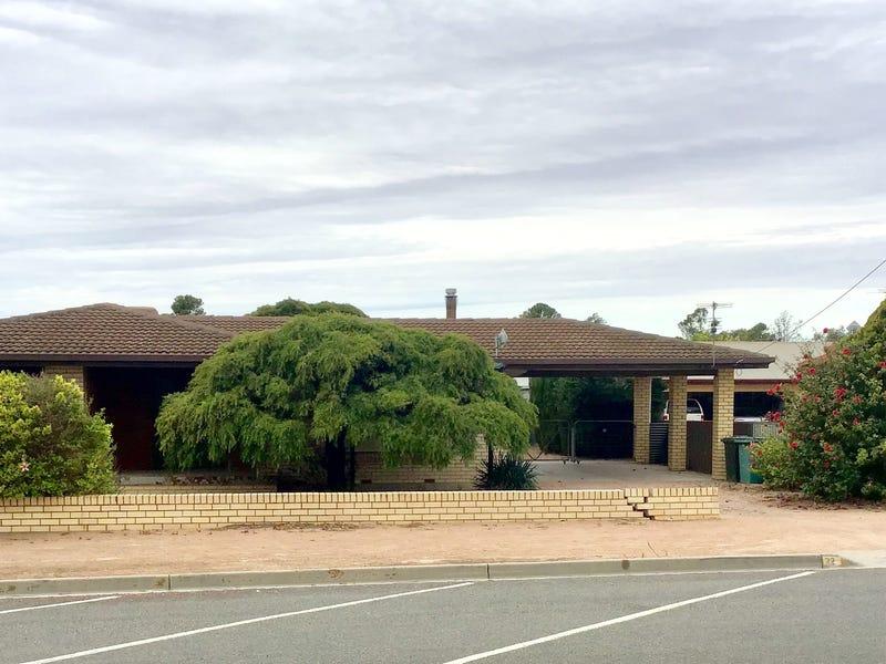 32 East Terrace, Ceduna, SA 5690