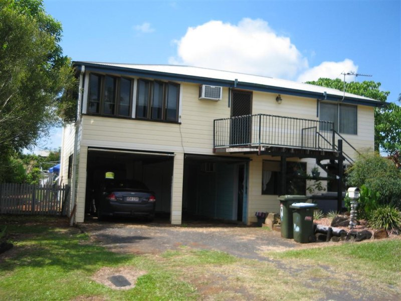 17 Middle Avenue, South Johnstone, Qld 4859