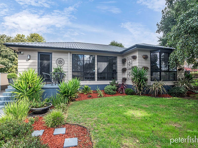22 Lawson Crescent, Orange, NSW 2800