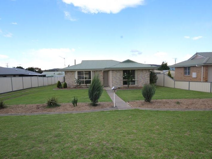 3 Wright Court, Stanthorpe, Qld 4380