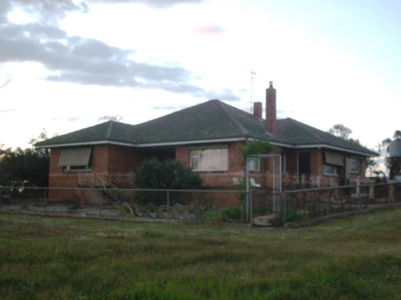 CLONGEEN, Yerong Creek, NSW 2642