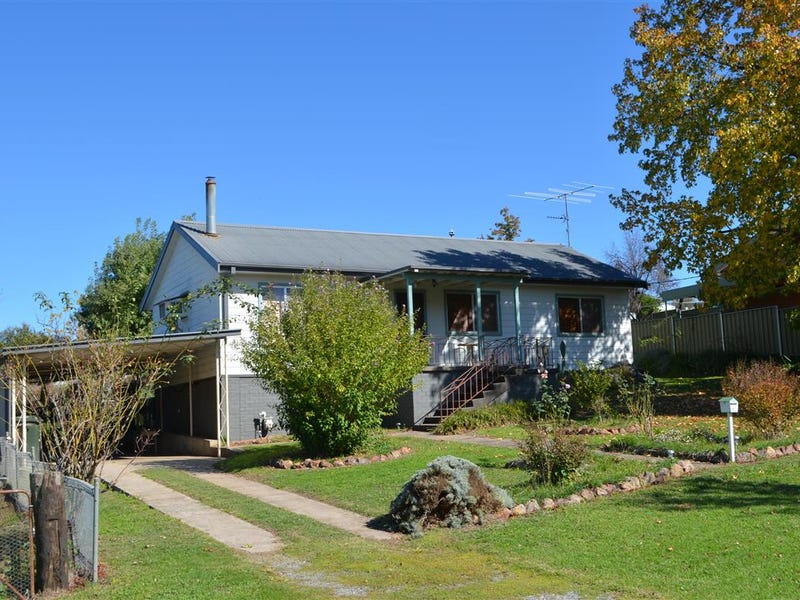 21-23 Lockhart Street, Adelong, NSW 2729