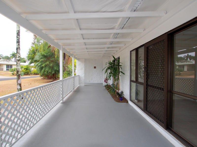 7 Kitava Street, Trinity Beach, Qld 4879