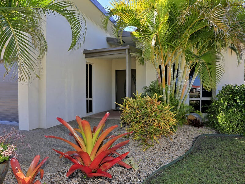 12 Honeyeater Ct, Woodgate, Qld 4660