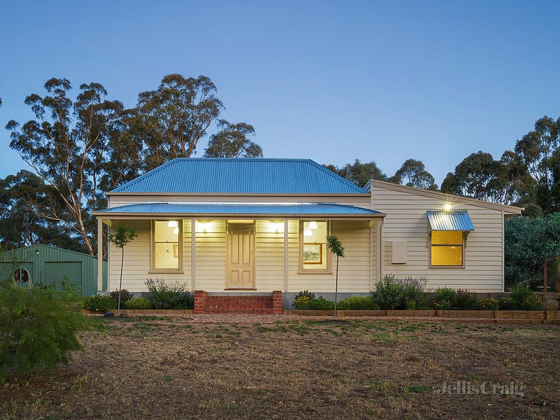 20 Commissioners Gully Road, Chewton, Vic 3451
