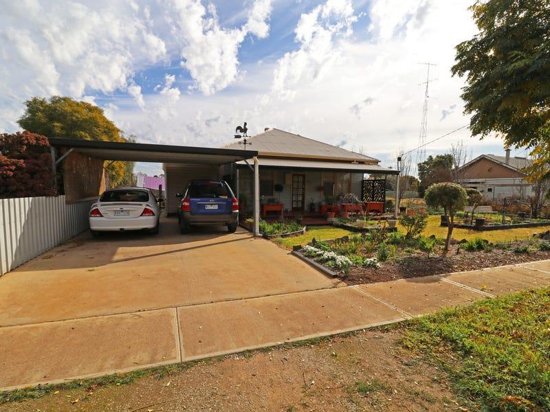 5 Charlton Road, Quambatook, Vic 3540