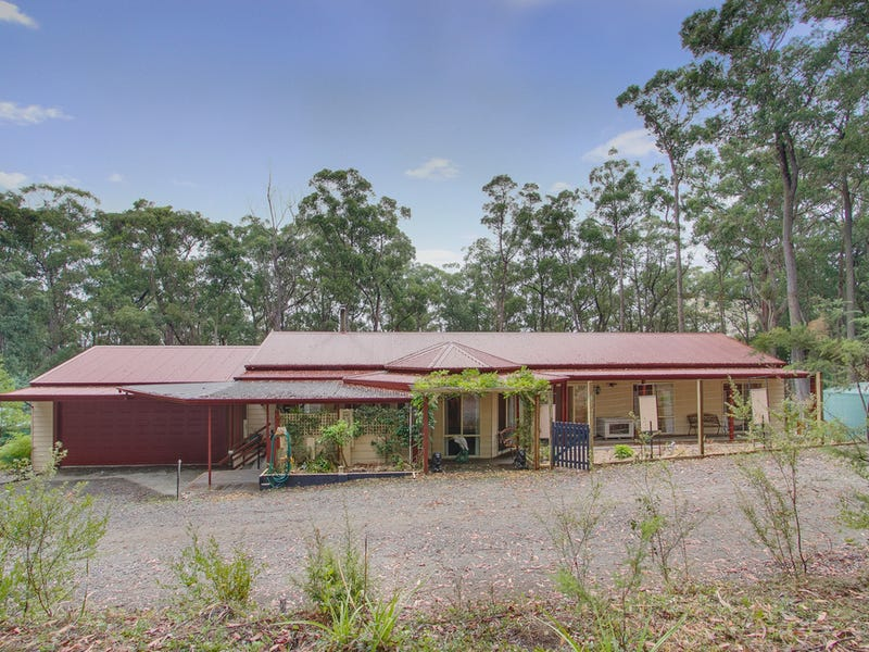 111 Grey Road, Gembrook, Vic 3783