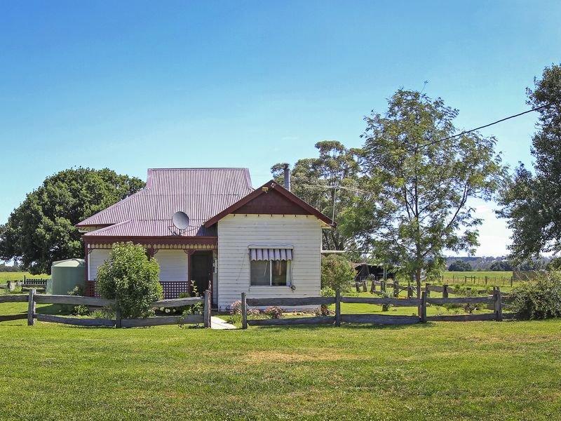 169 Llowalong Estate Road, Llowalong, Vic 3862