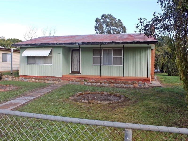 76 Perseverance Street, West Wyalong, NSW 2671