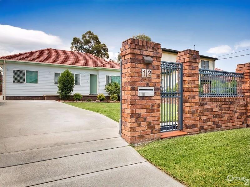 12 Harford Avenue, East Hills, NSW 2213