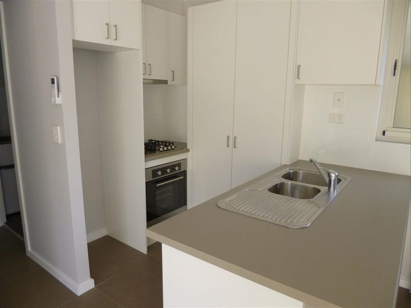 34a Narrawa Avenue, Erina, NSW 2250