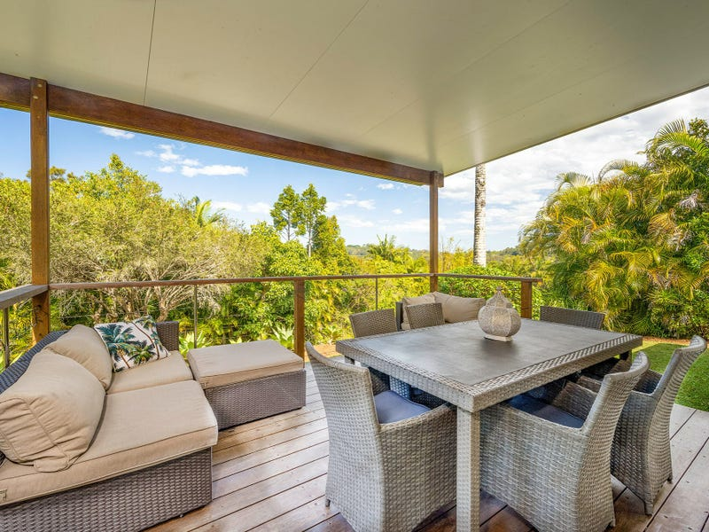 10 Woggoon Terrace, Ocean Shores, NSW 2483