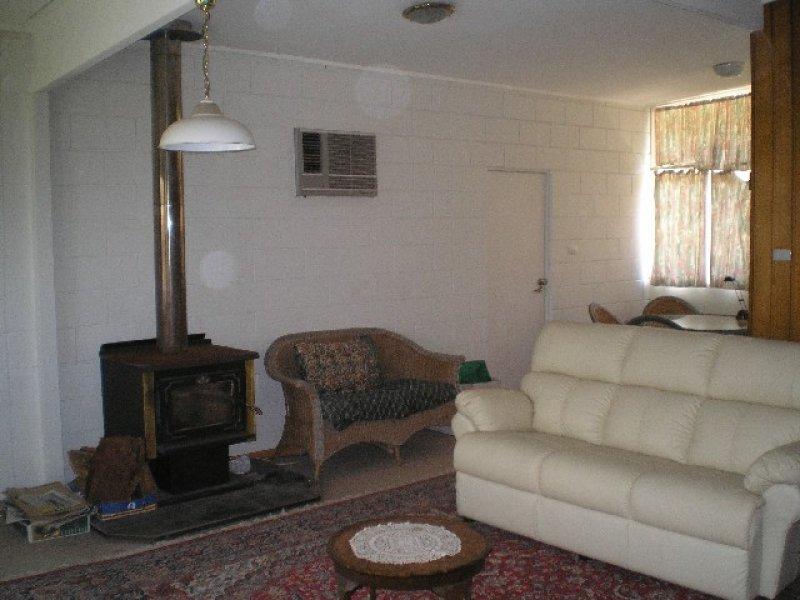 1 Mitchell Avenue, Khancoban, NSW 2642
