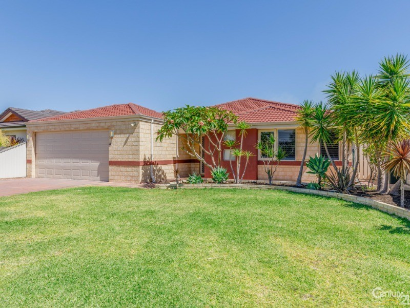 4 Normanby Bend, Success, WA 6164