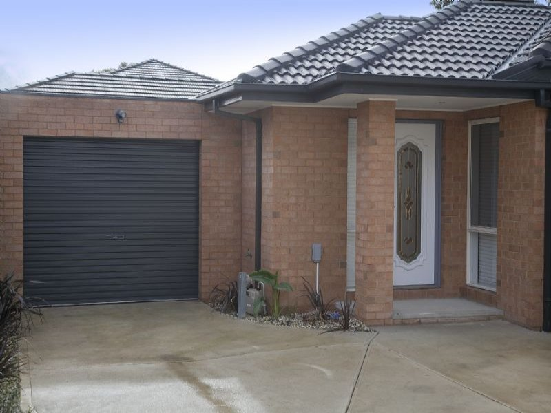 2/13 Bedwell Avenue, Dandenong, Vic 3175