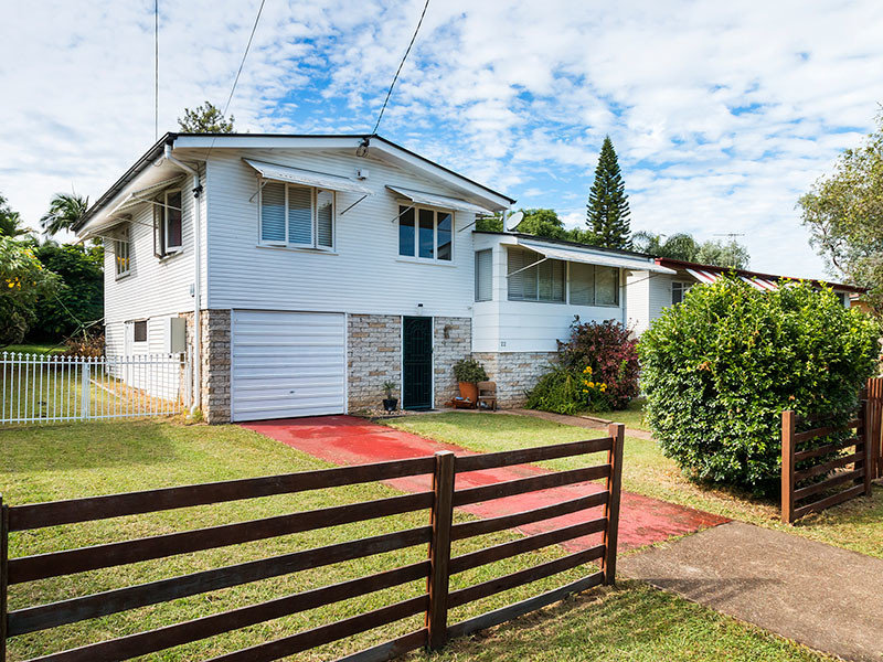 22 Cross Street, Raceview, Qld 4305