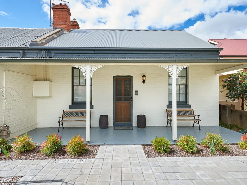 33 Fox Street, Wagga Wagga, NSW 2650